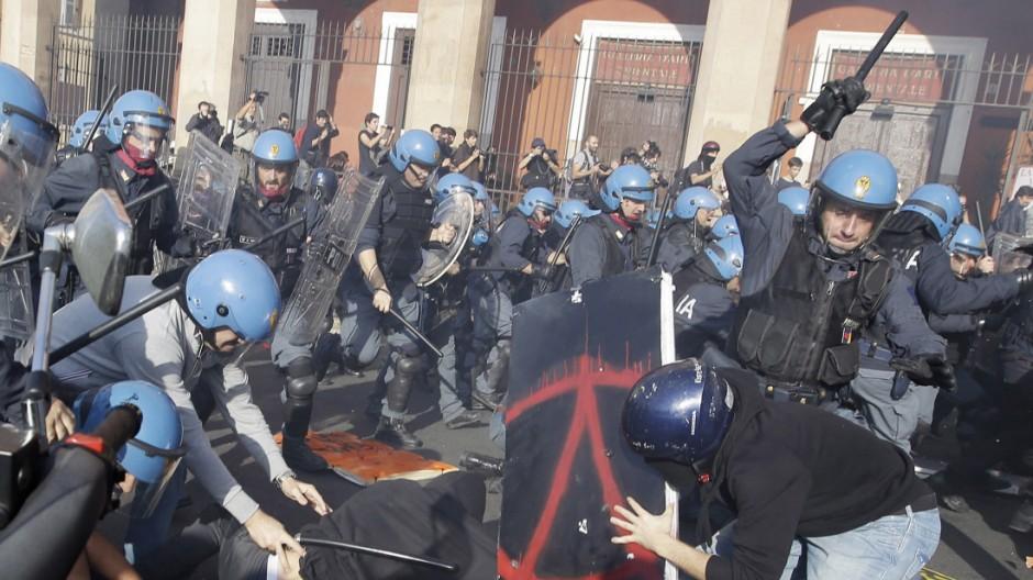 Finanzkrise in Europa Proteste gegen die Sparpolitik