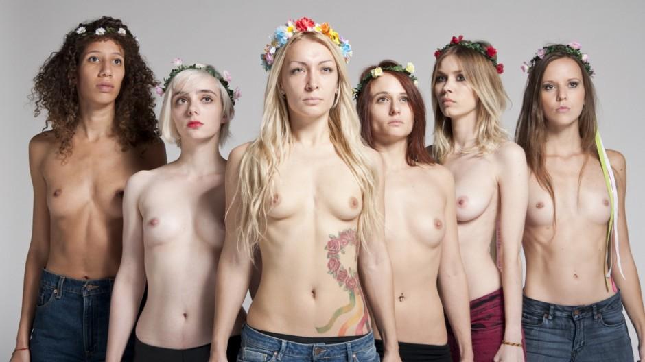 Femen Femen-Aktivistinnen eröffnen Trainingszentrum