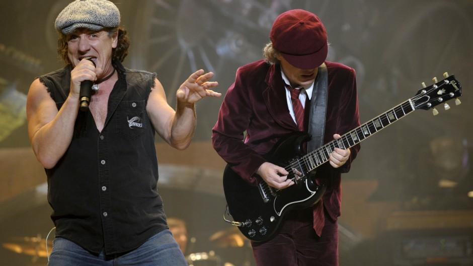 Brian Johnson, Angus Young