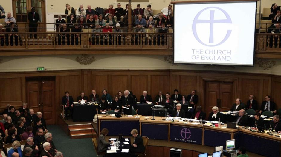 Kirche von England lehnt Weihe weiblicher Bischöfe ab