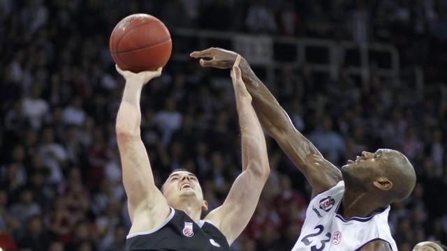 Besiktas Istanbul vs Brose Basket