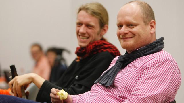 Piraten beraten ueber ihr Wahl- und Parteiprogramm