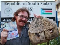 Graham Hughes Weltreise ohne Flugzeug, Guinness Buch der Rekorde