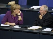 Merkel, Schäuble, Kanzlerin, Griechenland, CDU, SPD, Opposition, Bundestag