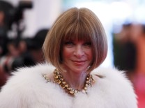 Editor-in-chief of American Vogue Anna Wintour arrives at the Metropolitan Museum of Art Costume Institute Benefit in New York