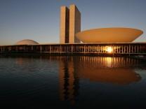 Oscar Niemeyer, brasilianischer Nationalkongress