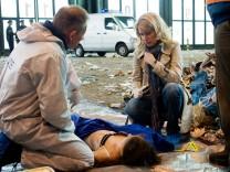 Hauptkommissarin Charlotte Lindholm (Maria Furtwängler) ermittelt im Tatort 'Wegwerfmädchen' im Falle einer toten Zwangsprostituierten.
