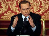 Berlusconi will run again as premier, top aide says