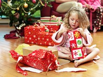 Kinder Geschenke Weihnachten Erziehung Erziehungstipp Expertentipp