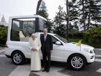 Papamobil, Papst, Daimler, M-Klasse, Mercedes, Vatikan, Zetsche