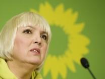 Claudia Roth warnt vor moeglichem Ruestungsdeal mit Saudi-Arabien