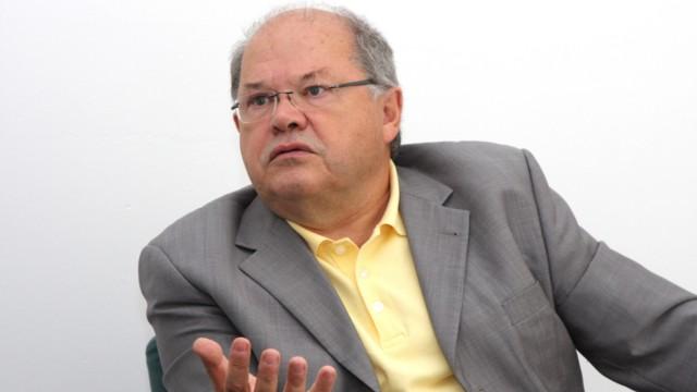 Jerzy Montag, 2009