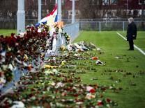 Dutch linesman Richard Nieuwenhuizen remembrance
