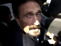 Guatemalan government decided to expel John McAfee
