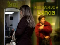 Spain Requests 39.5 Billion Bailout