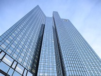 Tax Investigators Raid Deutsche Bank Headquarters