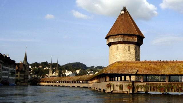 Luzern Steuern Schweiz Abstimmung