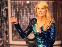 """Judith Rakers moderierte die ARD-Sendung """"Einfach Magisch - Die große Show der Promizauberer"""" im Europapark in Rust."""