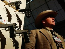 NRS, USA, Waffen - National Rifle Association Holds Its 133rd Annual Meetings & Exhibits