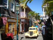 Geteilte Insel ? vereintes Karibikgefühl: Unikum St. Martin