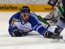 Thomas Sabo Ice Tigers v Straubing Tigers - DEL