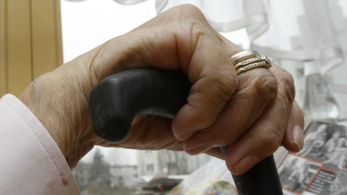Pflegeversicherung: Was bringt 2013?