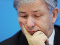 Klaus Wowereit Flughafen Berlin Brandenburg Rücktritt
