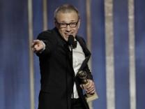 """Christoph Waltz mit seinem Golden Globe für """"Django Unchained"""""""