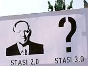 Wolfgang Schäuble Remix Stasi 2.0 Protestplakat Berlin, dpa
