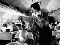 Stewardess Flugbegleiterin Cabin Crew