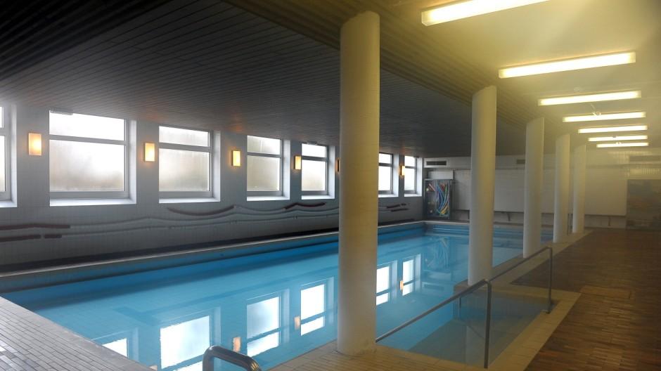Schwimmbad Im Keller ebersberg schwimmbad im keller der grundschule an der karl sittler