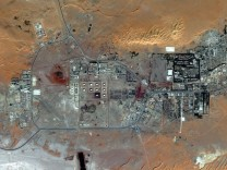 DigitalGlobe satellite image of the Amenas gas field in Algeria
