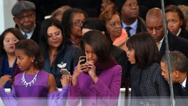 Sasha und Malia Obama bei Inauguration Parade