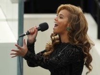 Beyonce Playback Obama