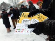 Bruck: Info-Stand gegen Studiengebuehren