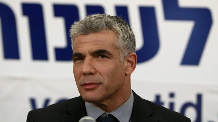 Jair Lapid bei einer Rede vor seinen Anhängern in Tel Aviv.