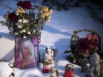 'Sexy Cora': Prozess gegen Aerztin wegen fahrlaessiger Toetung beginnt