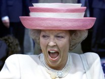 DUTCH QUEEN BEATRIX LAUGHS DURING WEDDING OF HER SON PRINCE CONSTANTIJN