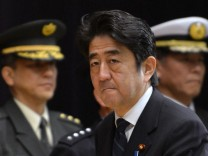Abe welcomes JSDF personnel back from Golan Heights mission