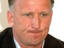 Trainer Andreas Brehme