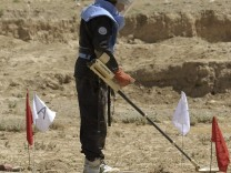 AFGHAN-LAND-MINES-CLEARANCE