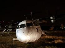 Carpatair plane goes off runway in Rome