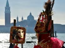Karneval Venedig San Marco Venice Markusplatz Kostüm Masken