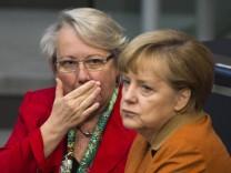 Kanzlerin Merkel Bildungsministerin Schavan