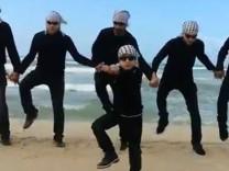 """Palästinenser tanzen """"Gangnam Gaza Style"""""""