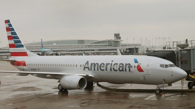 American Airlines Highlights Their Updated Logo On Newly Painted Boeing 737-800's