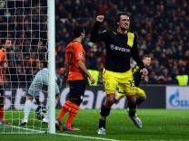 Shakhtar Donetsk v Borussia Dortmund - UEFA Champions League Round of 16