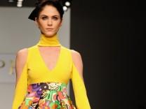 Fashion Week London gelb gelb gelb