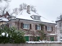 Walmdachvilla, Kohlbergerstraße 5