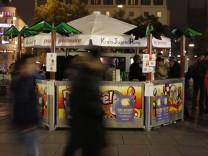 """Alkoholfreie Cocktails bei der Aktion """"Cool bleiben - friedlich feiern"""" in München, 2012"""